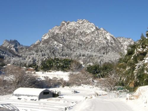 14雪妙義山