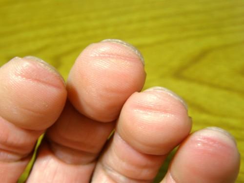 14 8 ギター 食い込み