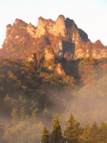 14 11 3 朝焼けの妙義山